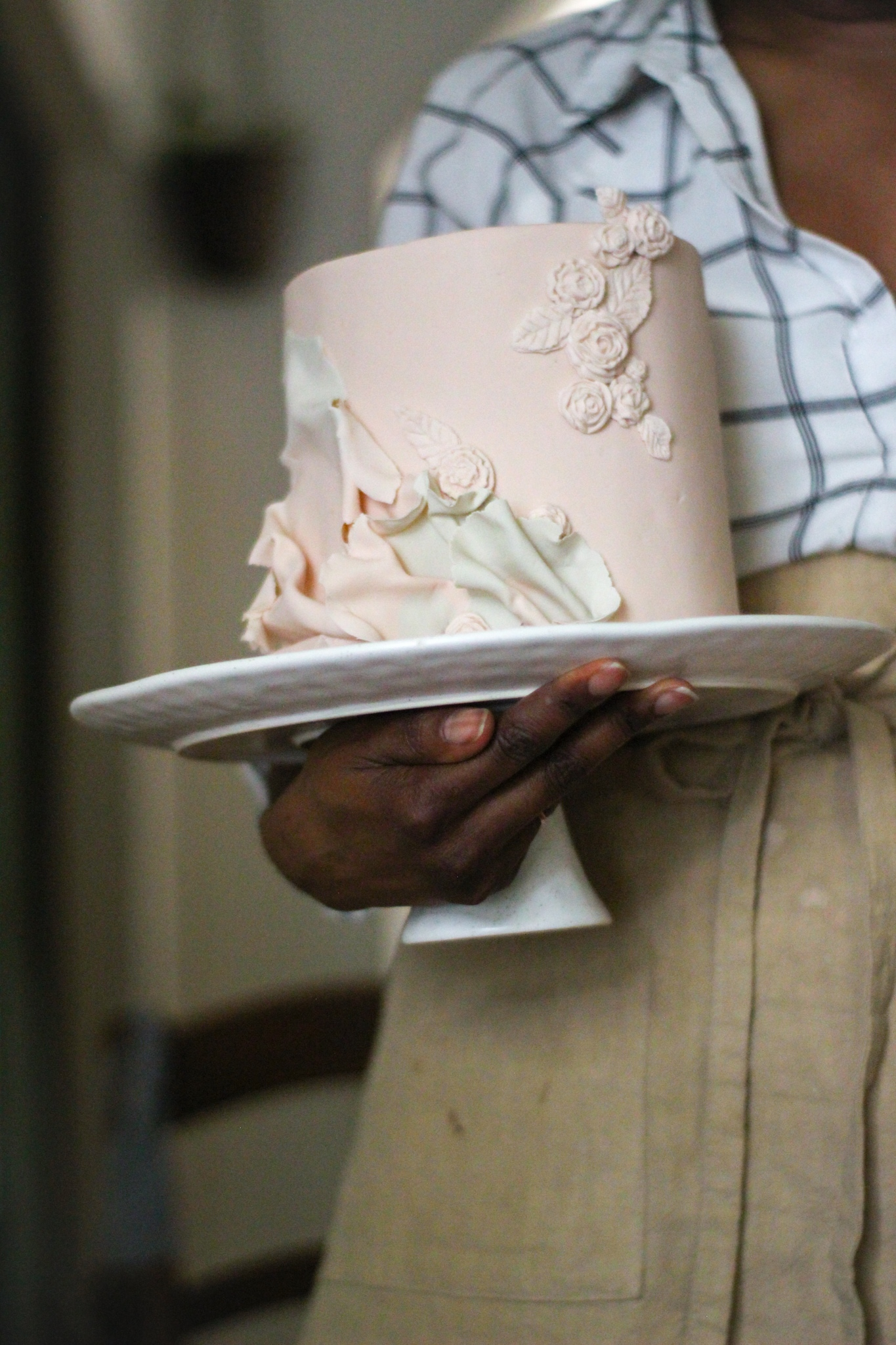 Light Pink bas relief ruffle cake