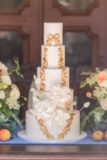 White and gold victorian wedding