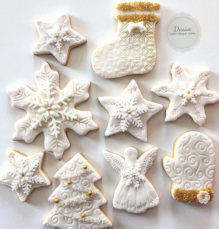 White fondant snowflake cookies