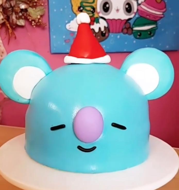 Kawaii Koala christmas cake