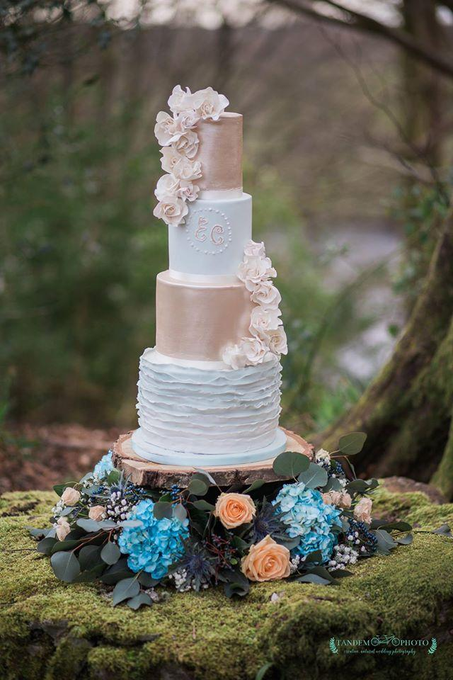 Rustic taupe and white fondant wedding cake