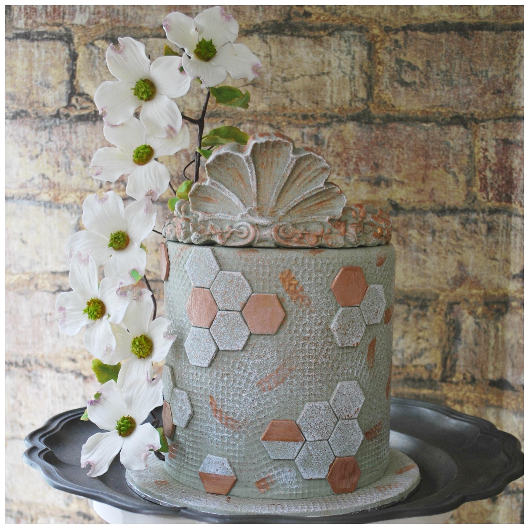 Mini gray geometric patterned wedding