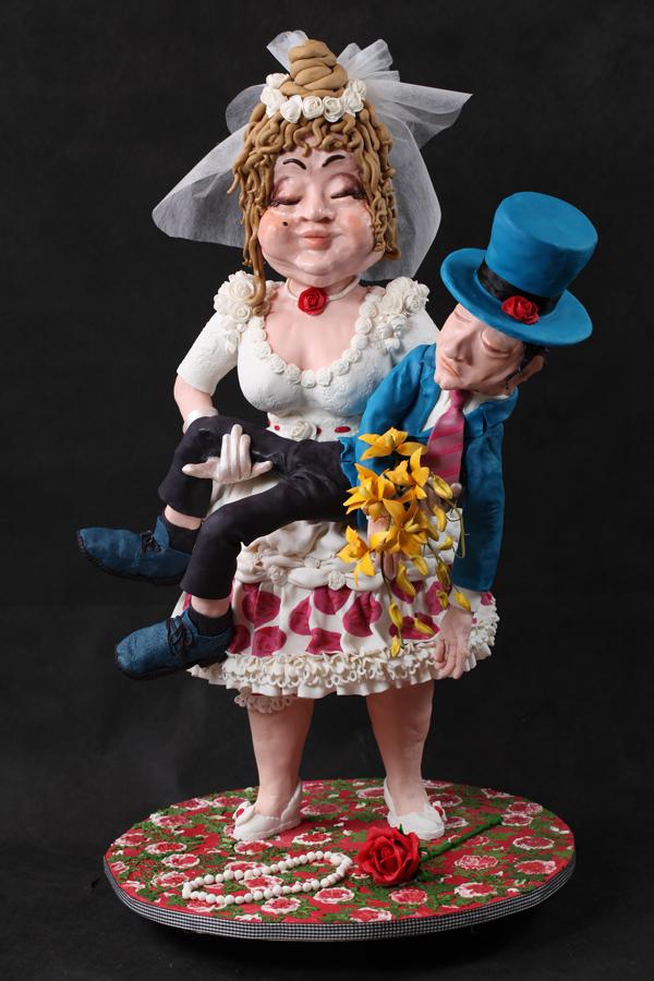 Sculpted Bride & Grrom