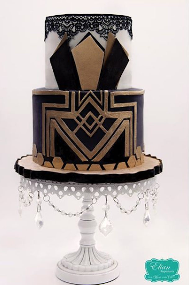 Black fondant Gatsby styled wedding cake