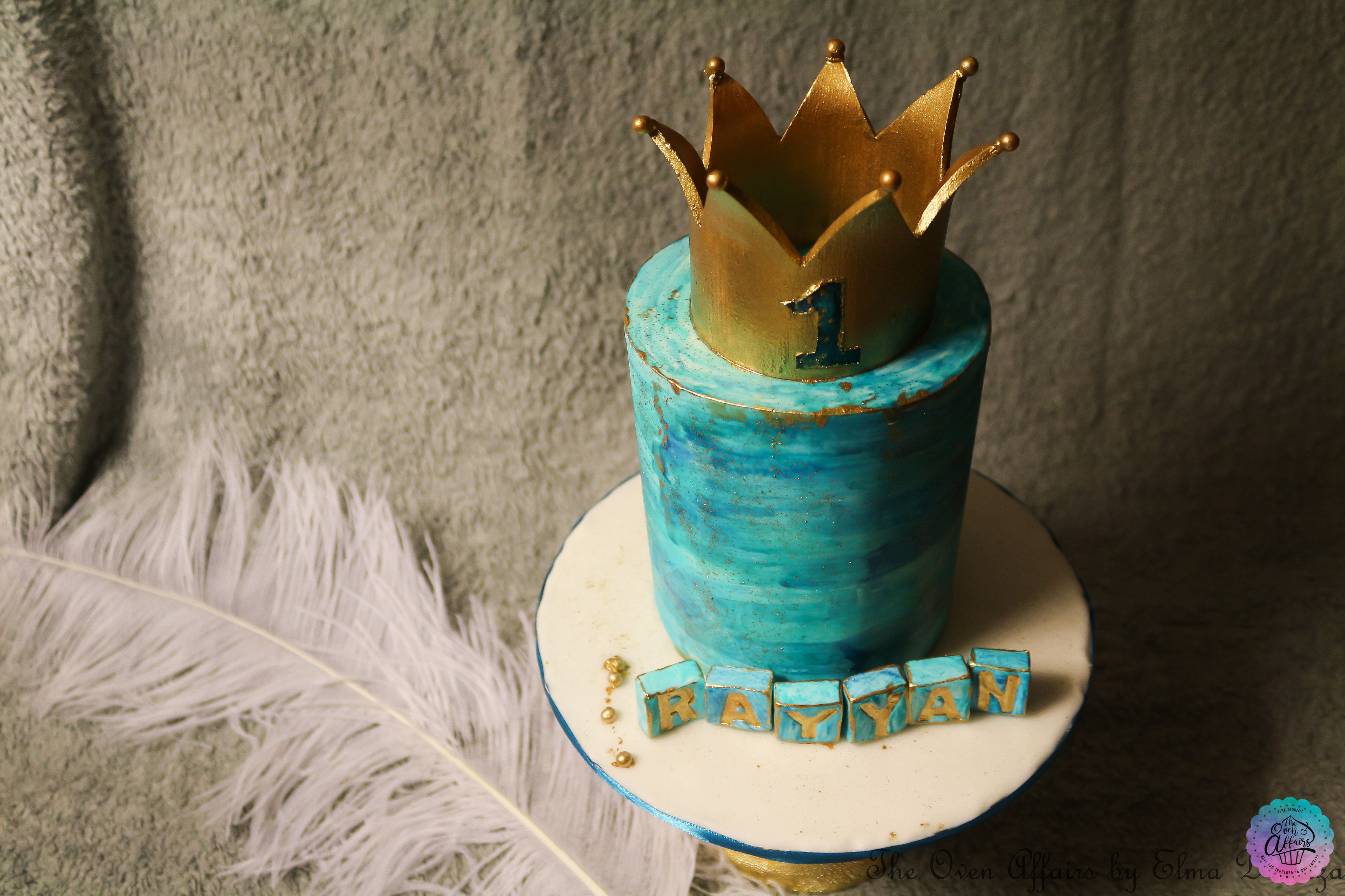 Little prince crown birthday cake