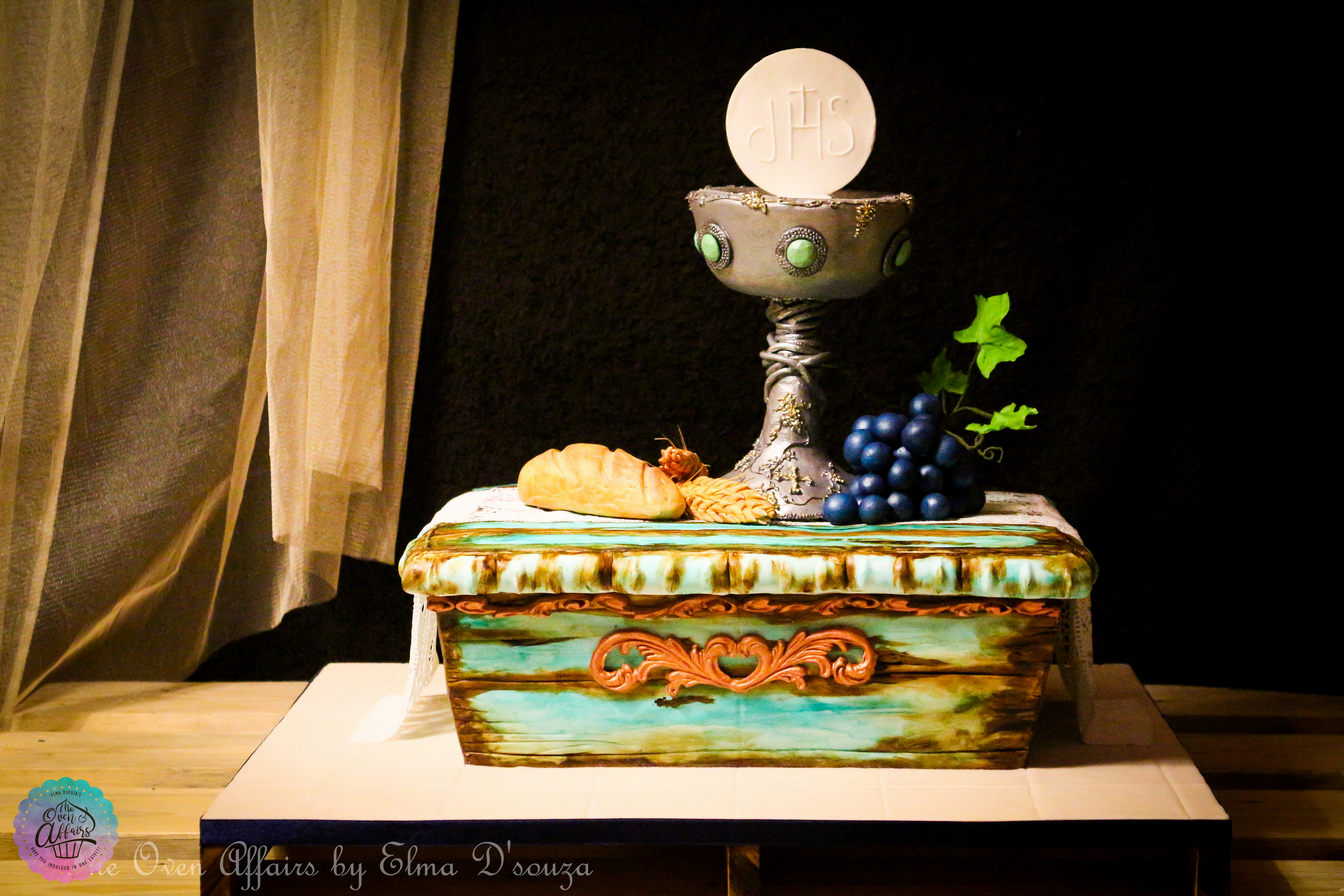 Eucharist holy communion wine and grapes cake