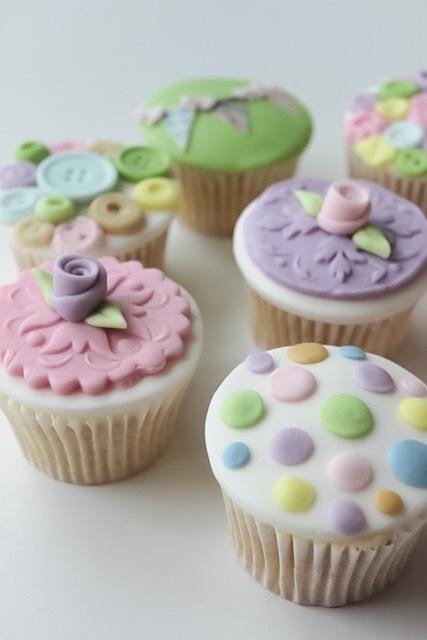 Pastel Polka Dot Fondant Cupcakes