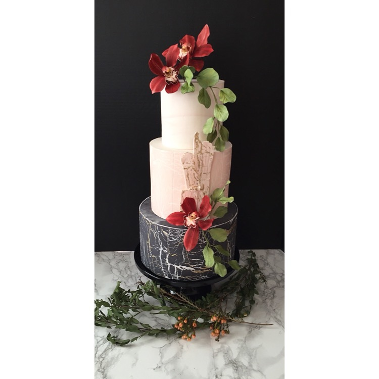 Chalkboard and pink wedding cake