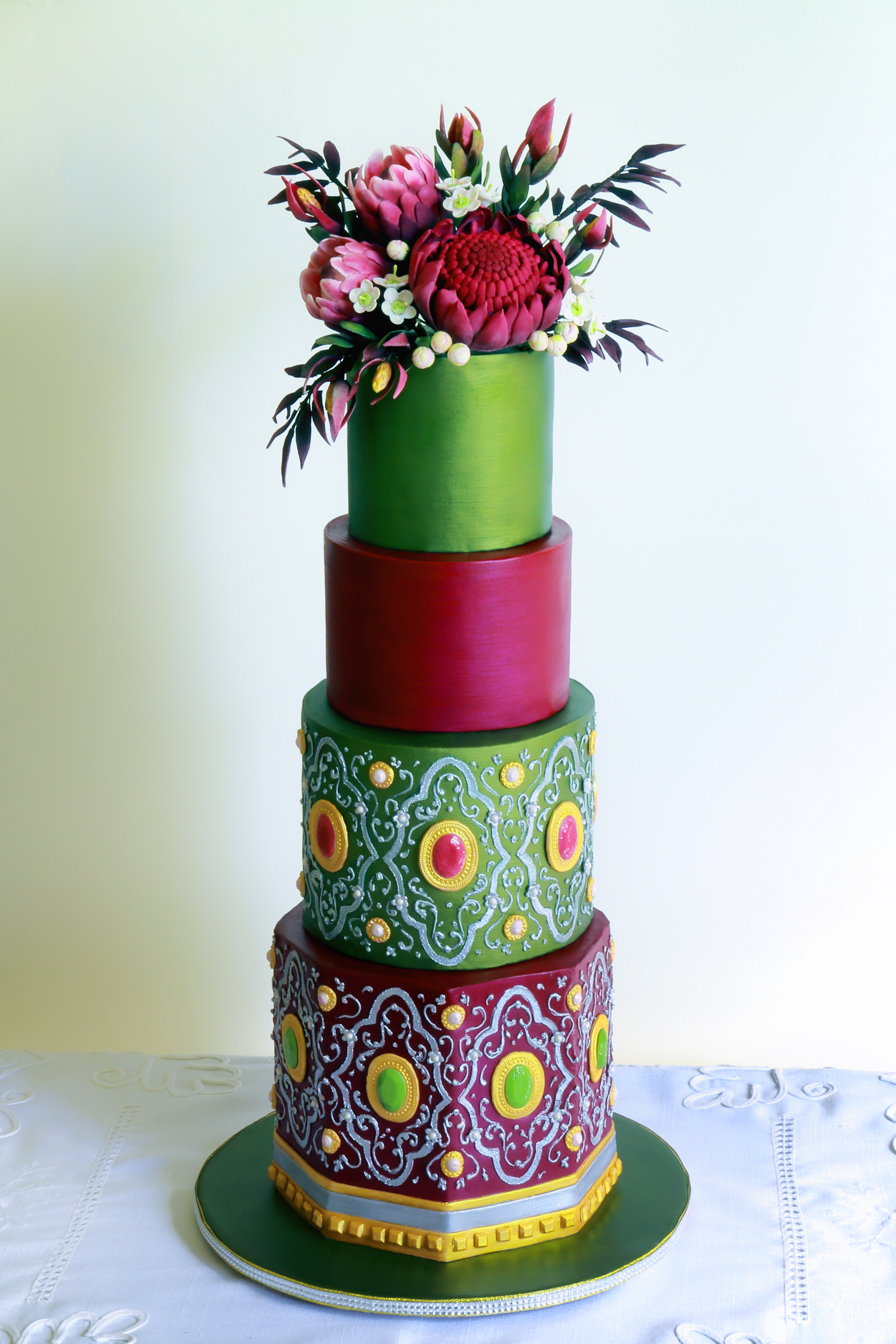 Green and pink wedding cake