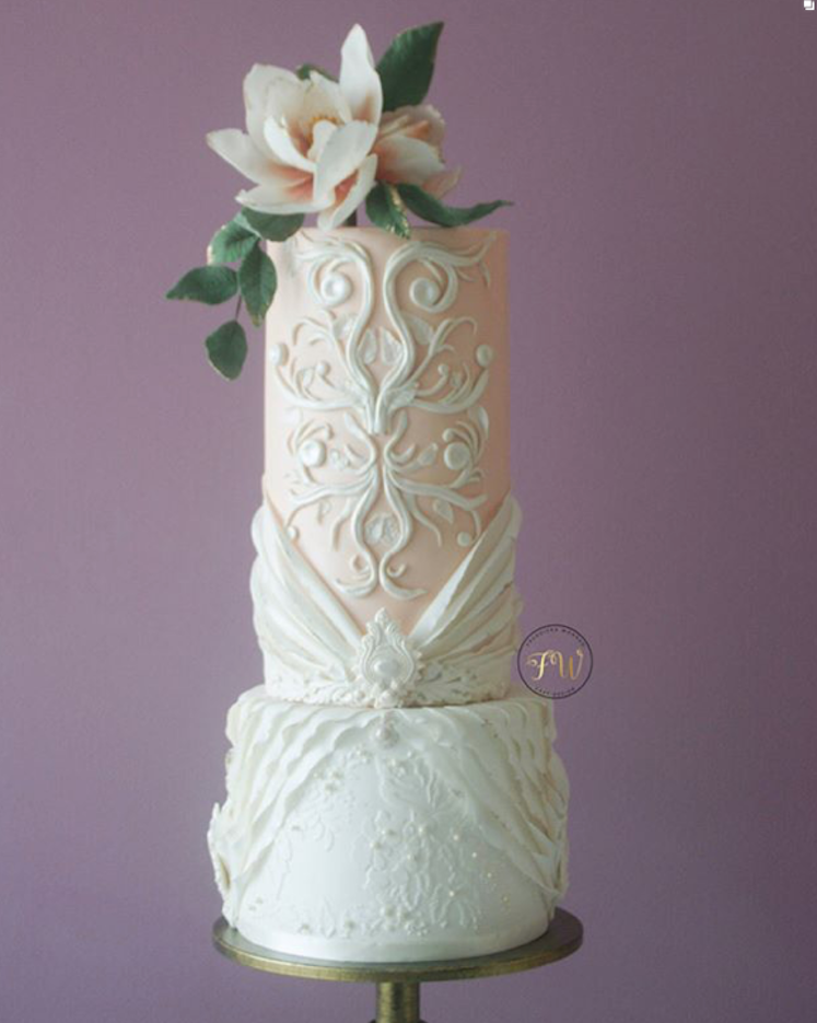 Light peach and white fashion wedding cake