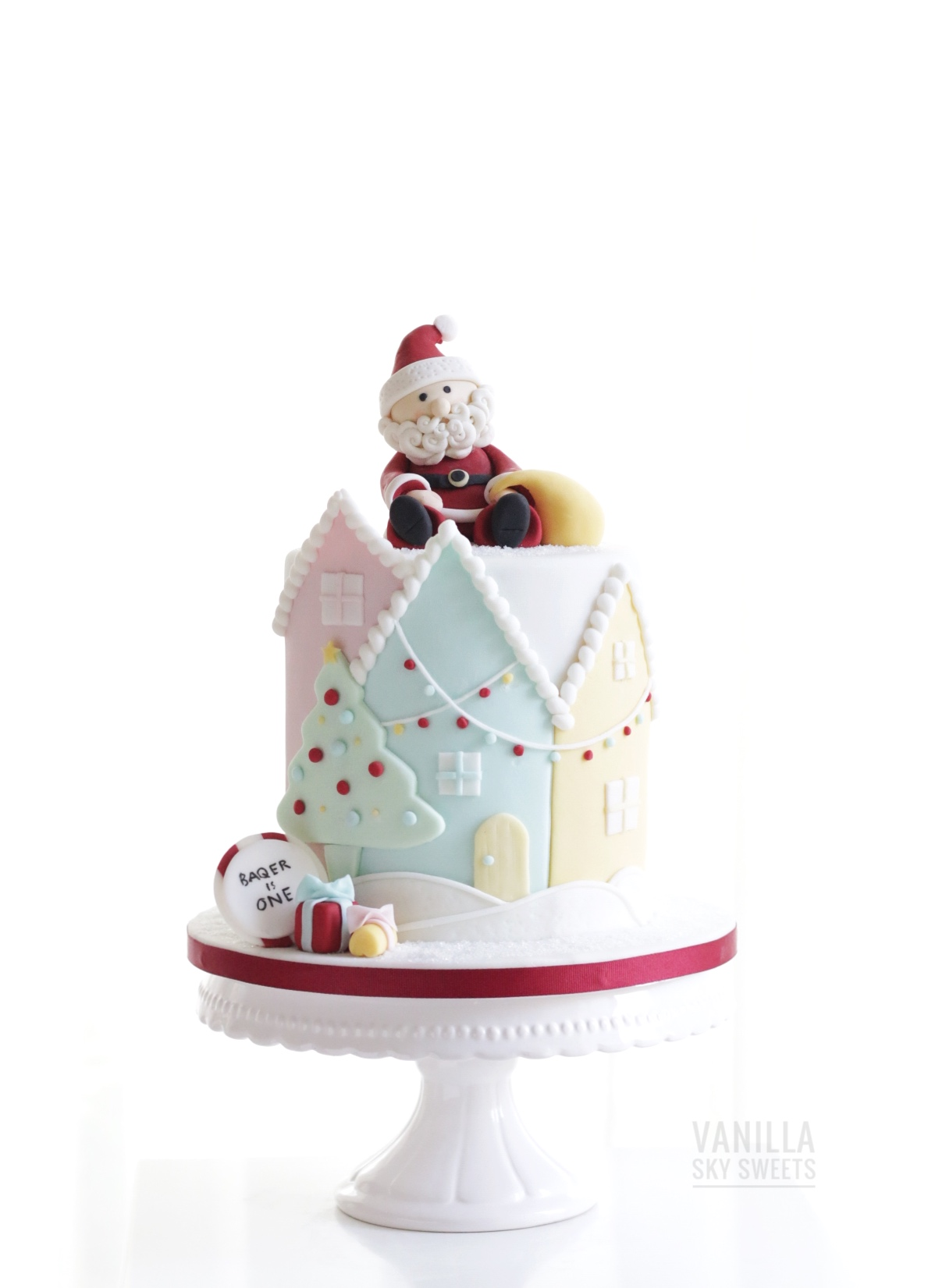 Santa on roof christmas cake