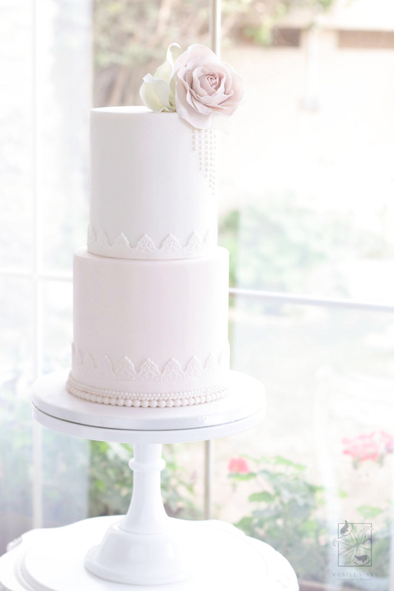 Baby Pink and white lace fondant wedding cake