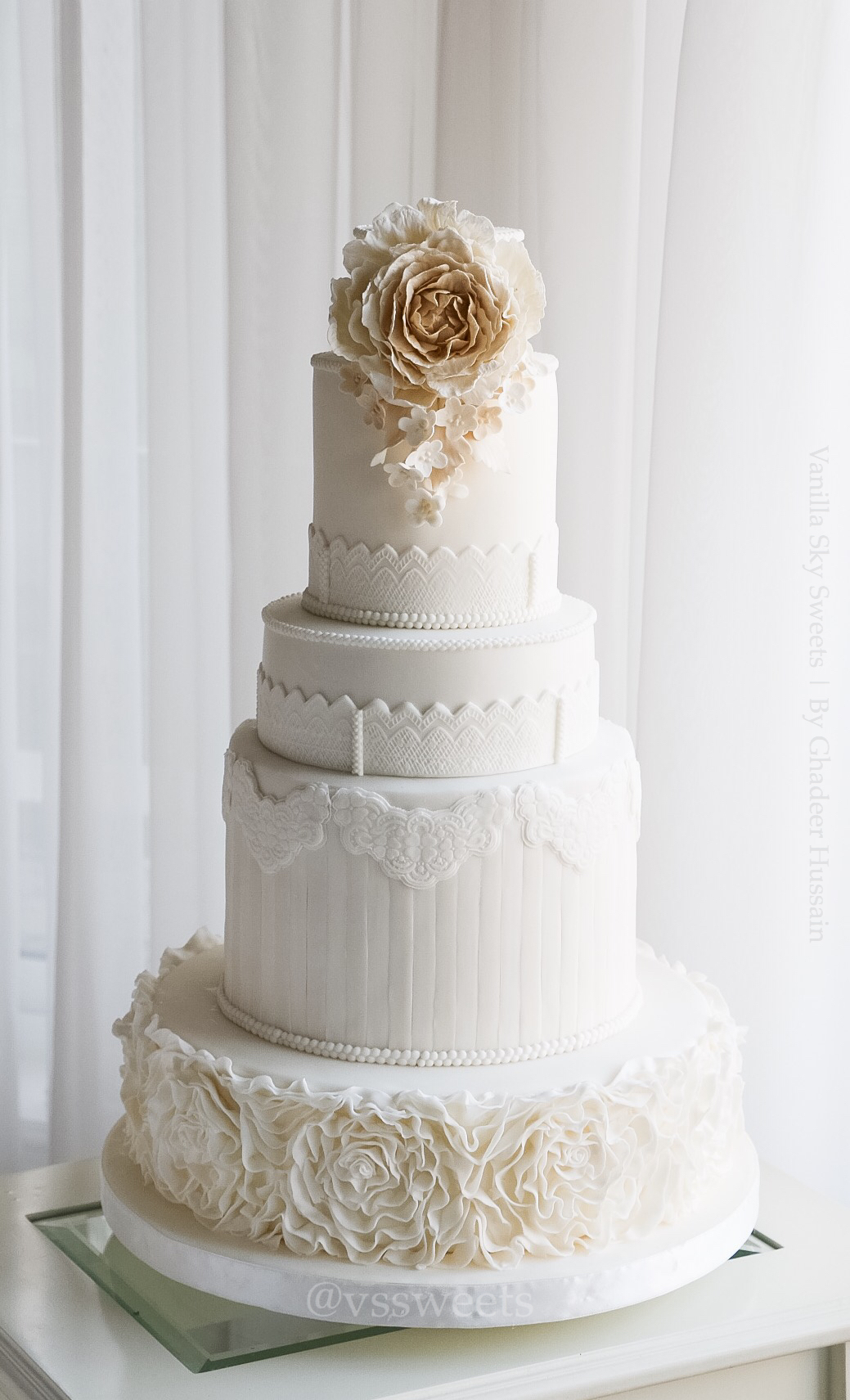 White and Ivory Rosette Ruffle fondant Wedding