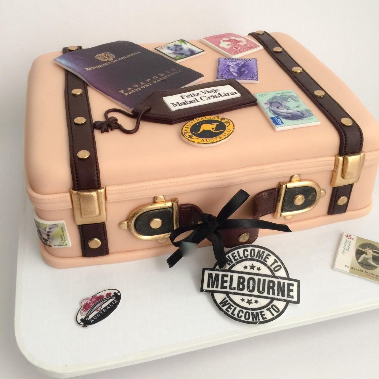 World adventure suitcase fondant cake
