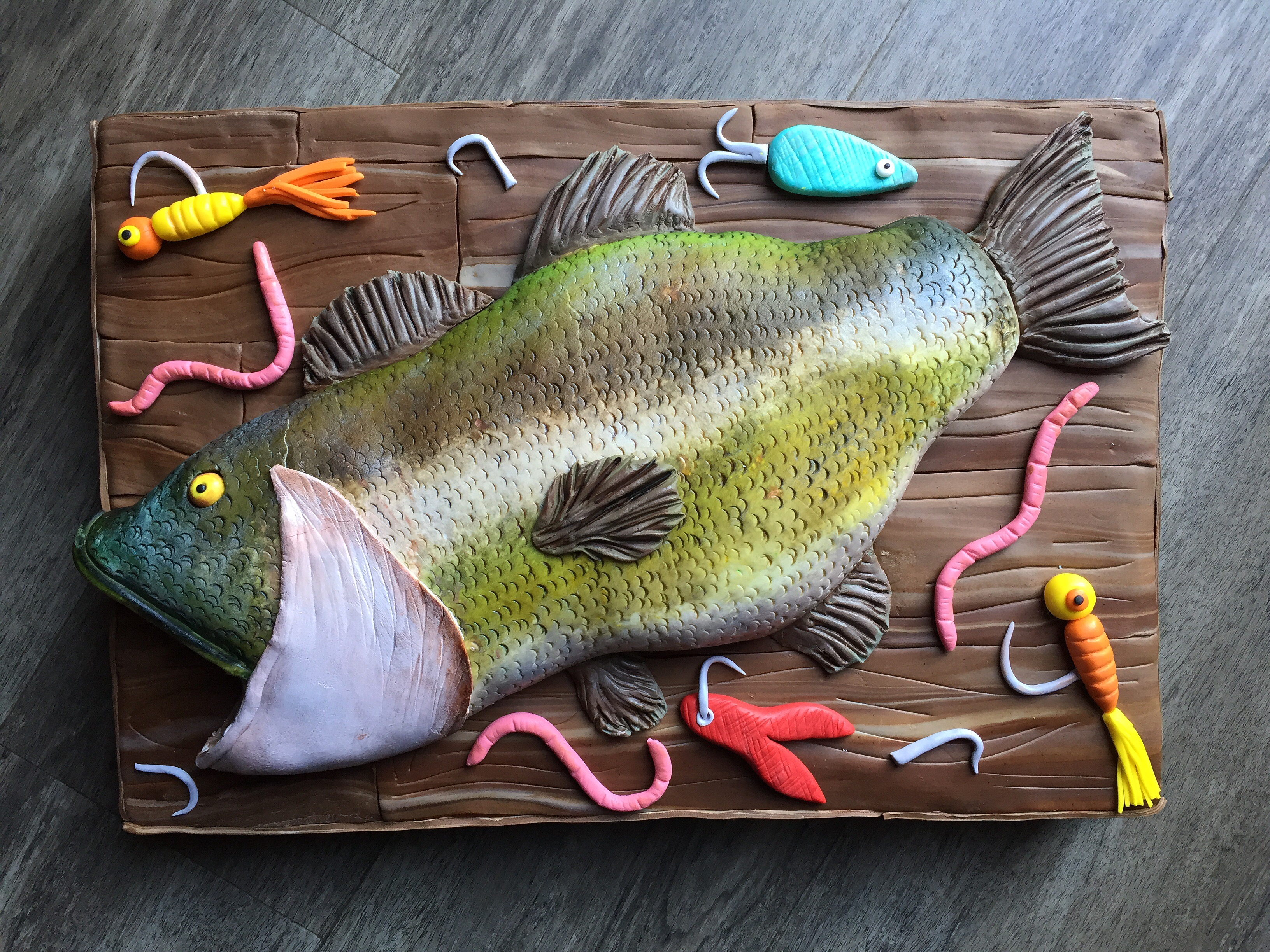 Fish on the wall birthday cake