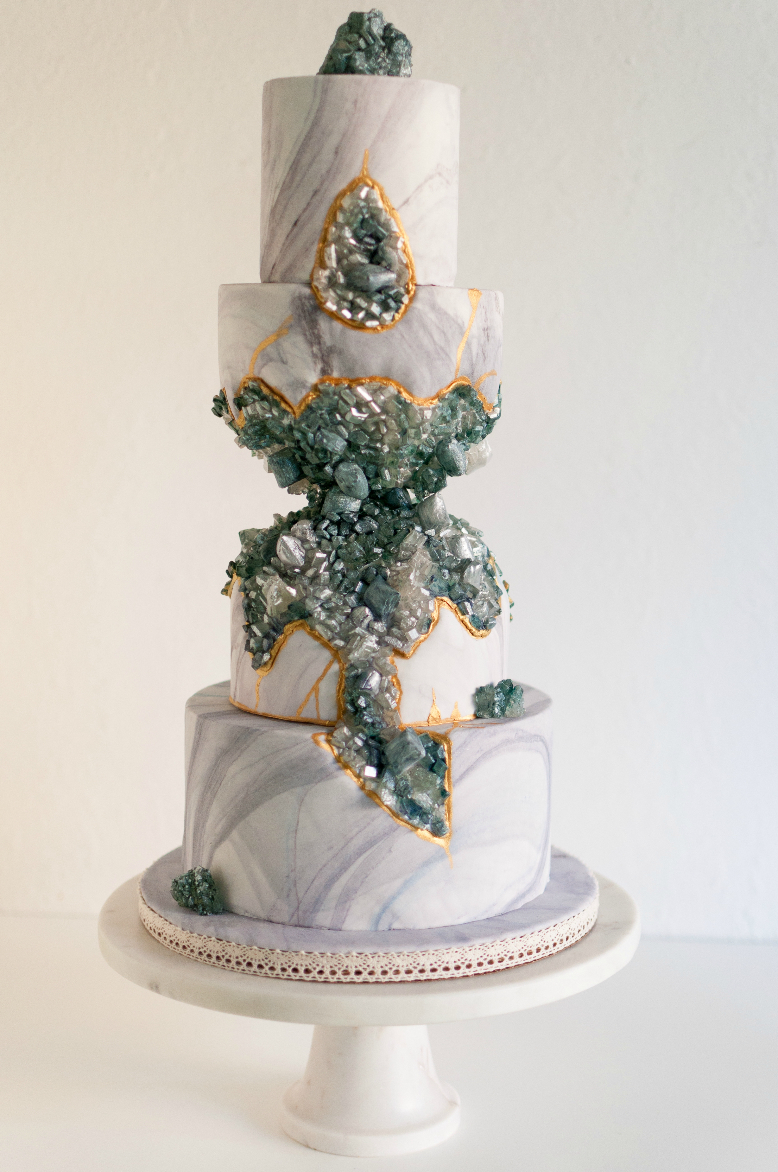 Gray fondant cake with Emerald geode