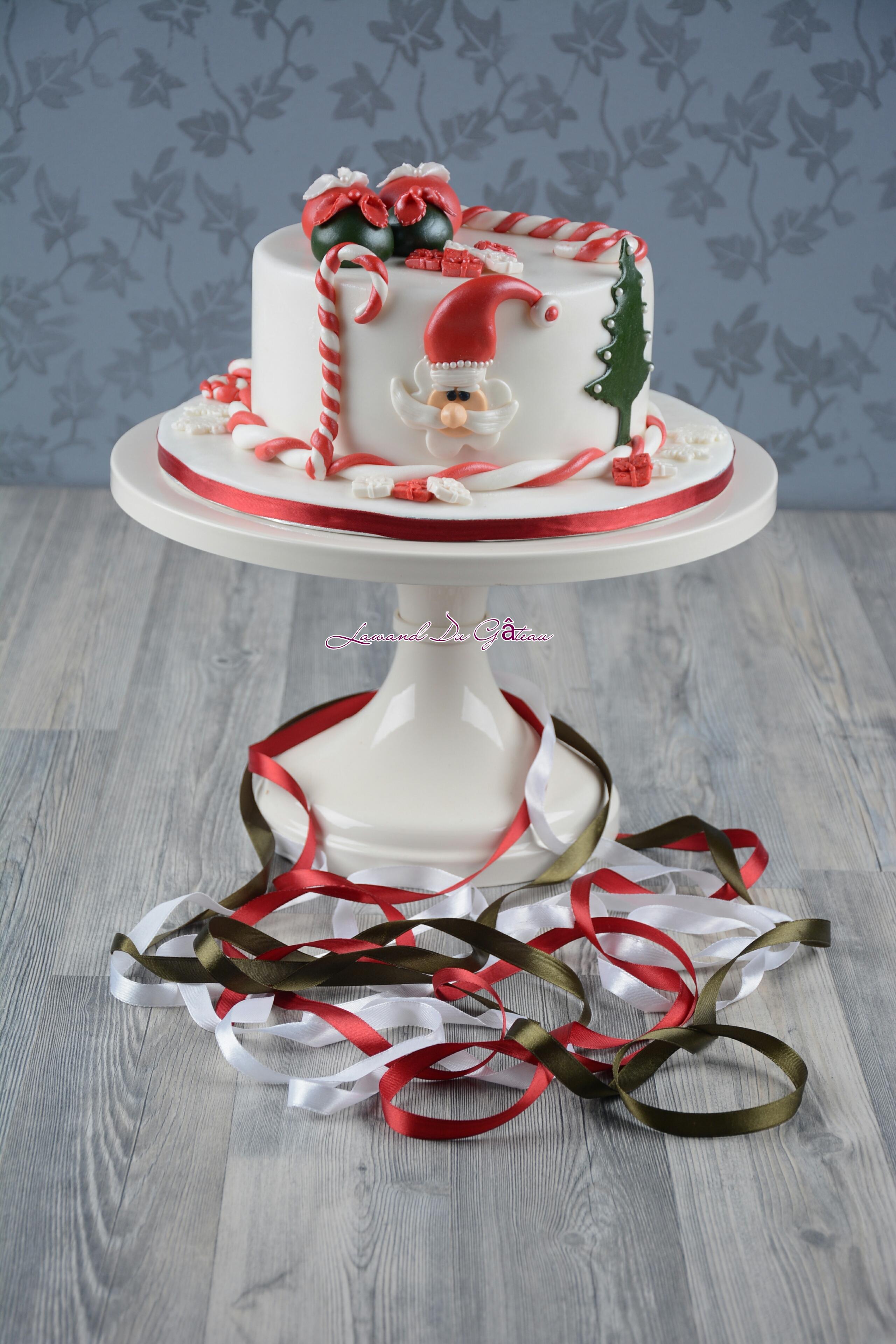Mini white Santa cake