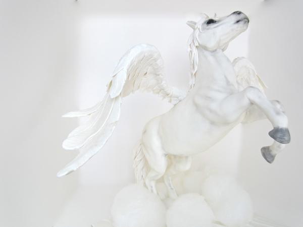 Fondant Unicorn on cake