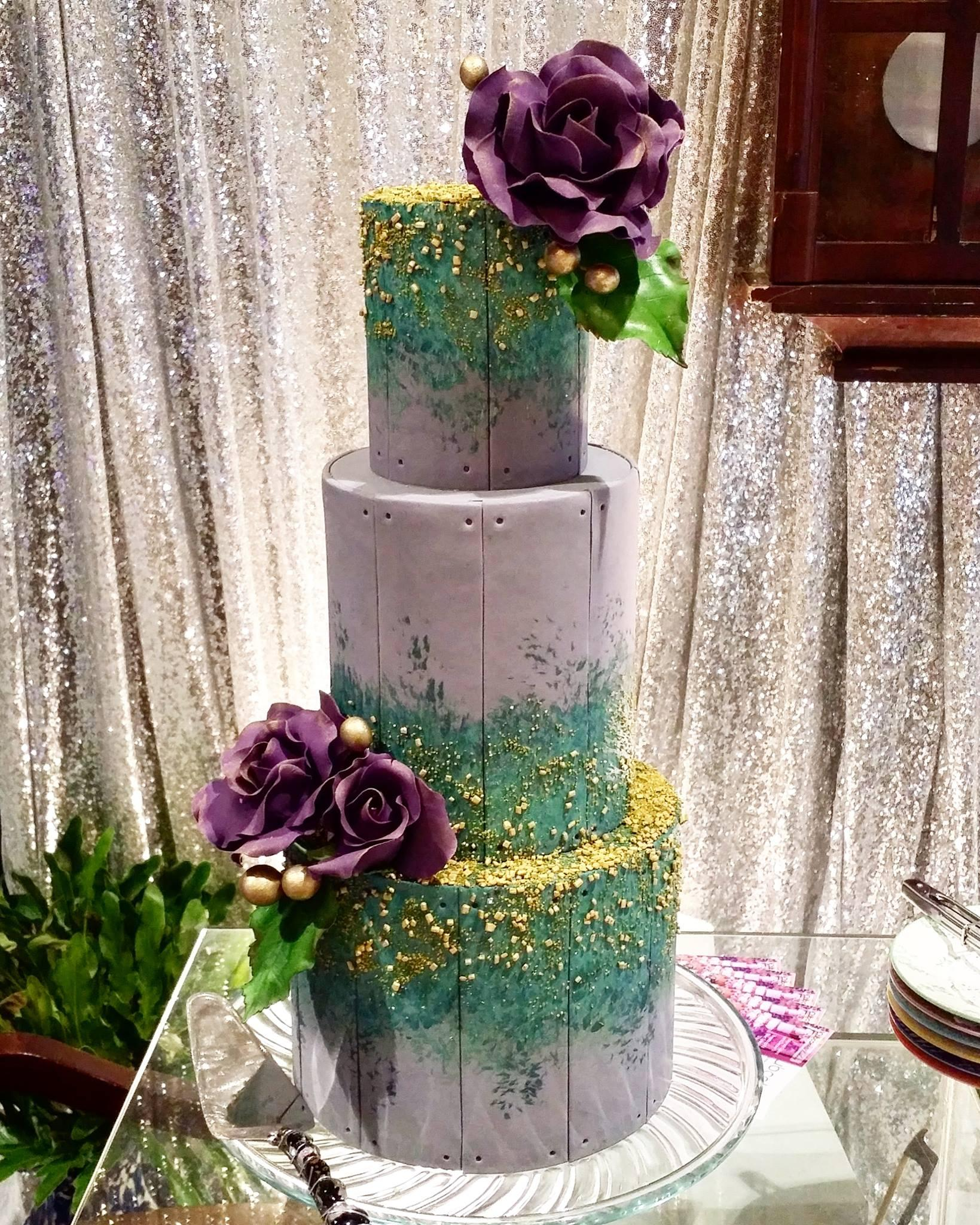 Forest green and lavender textured wedding cake
