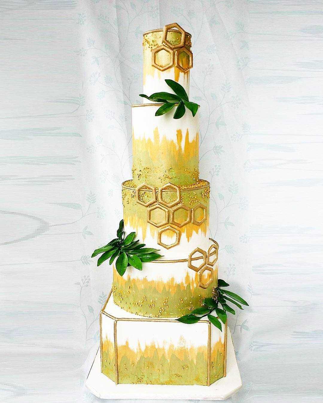 White with gold leaf & geometric wedding cake