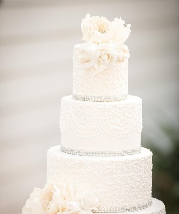 White Wedding with white sugar flowers