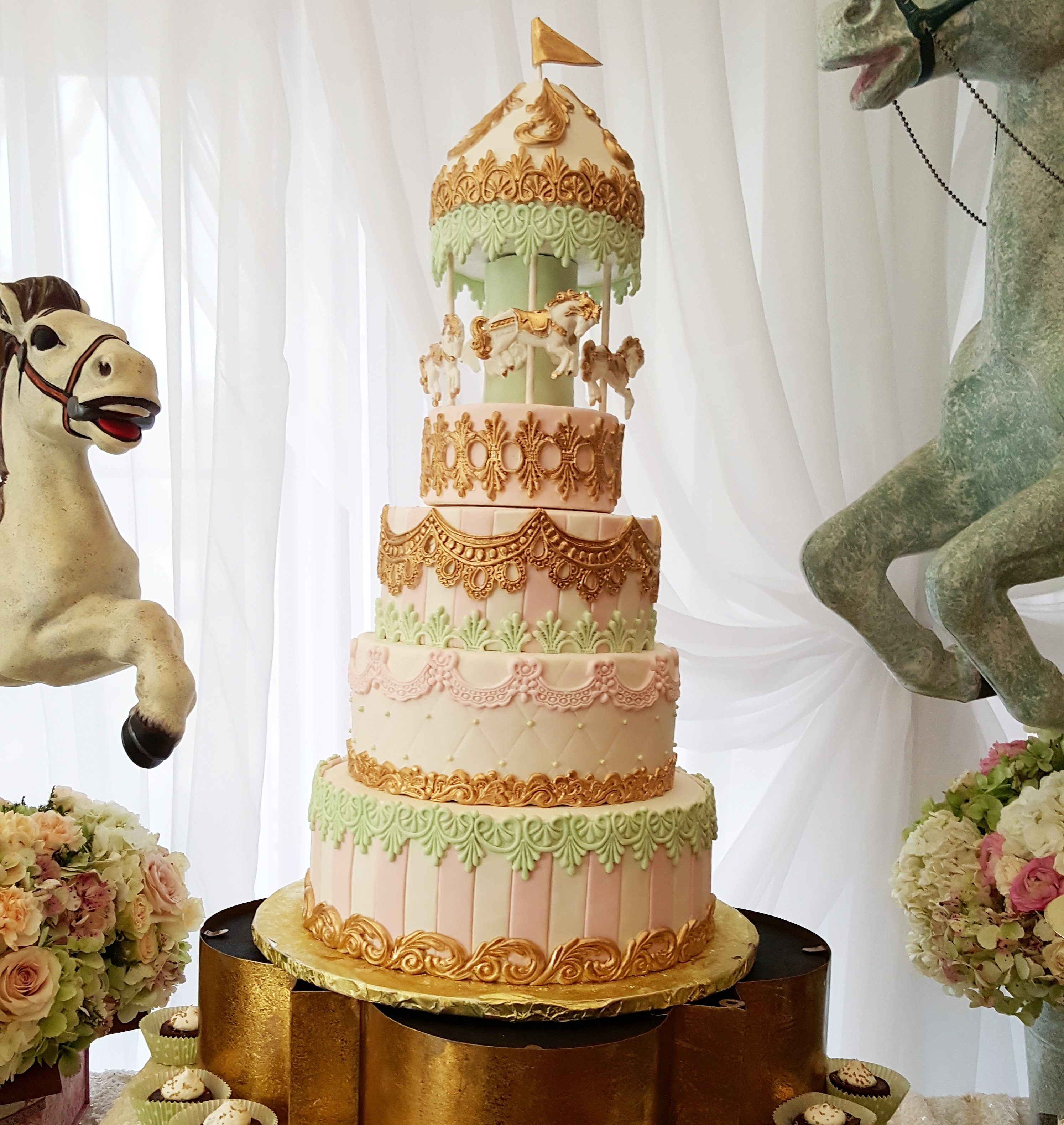 Baby carousel cake