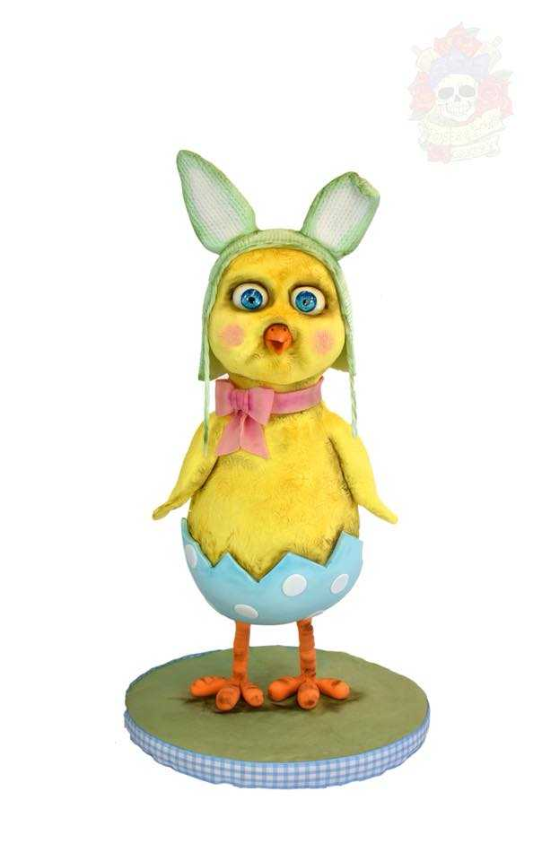 Sculpted easter yellow chick