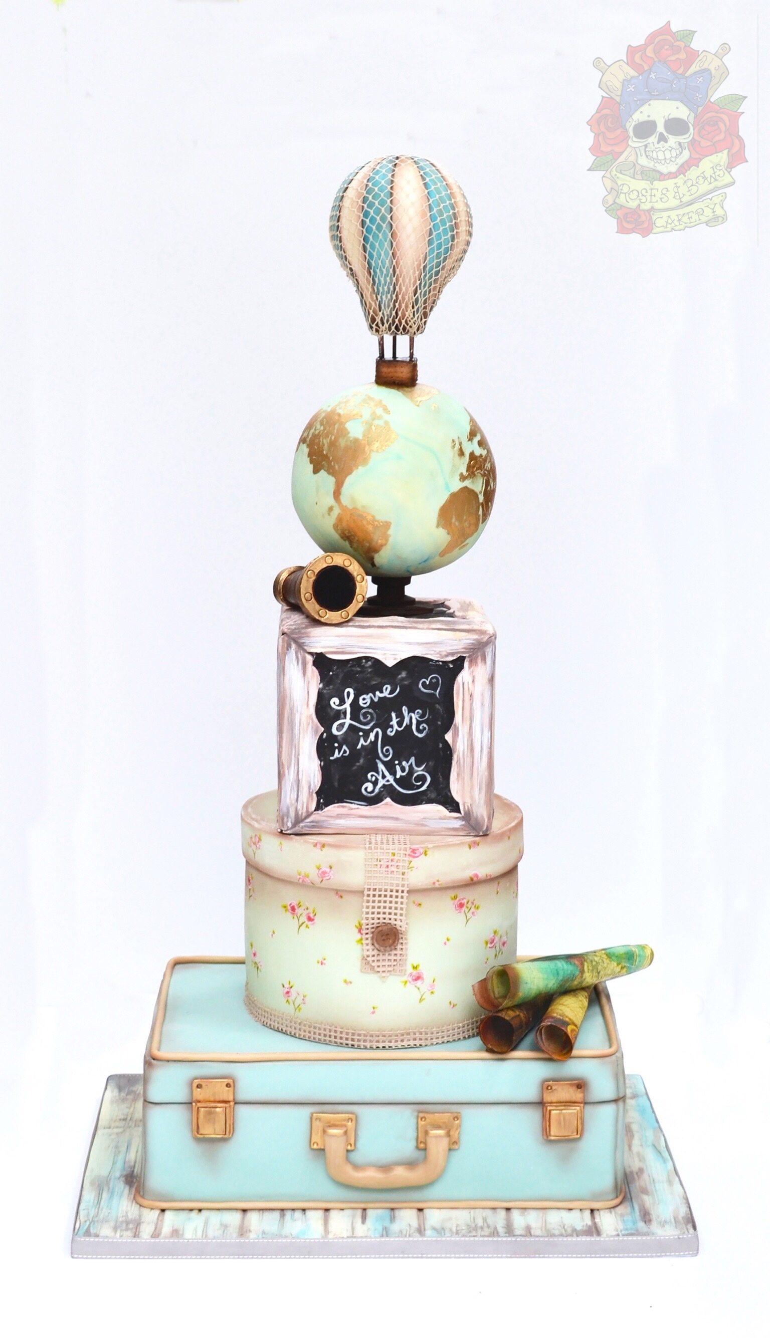Around the world traveling fondant wedding cake