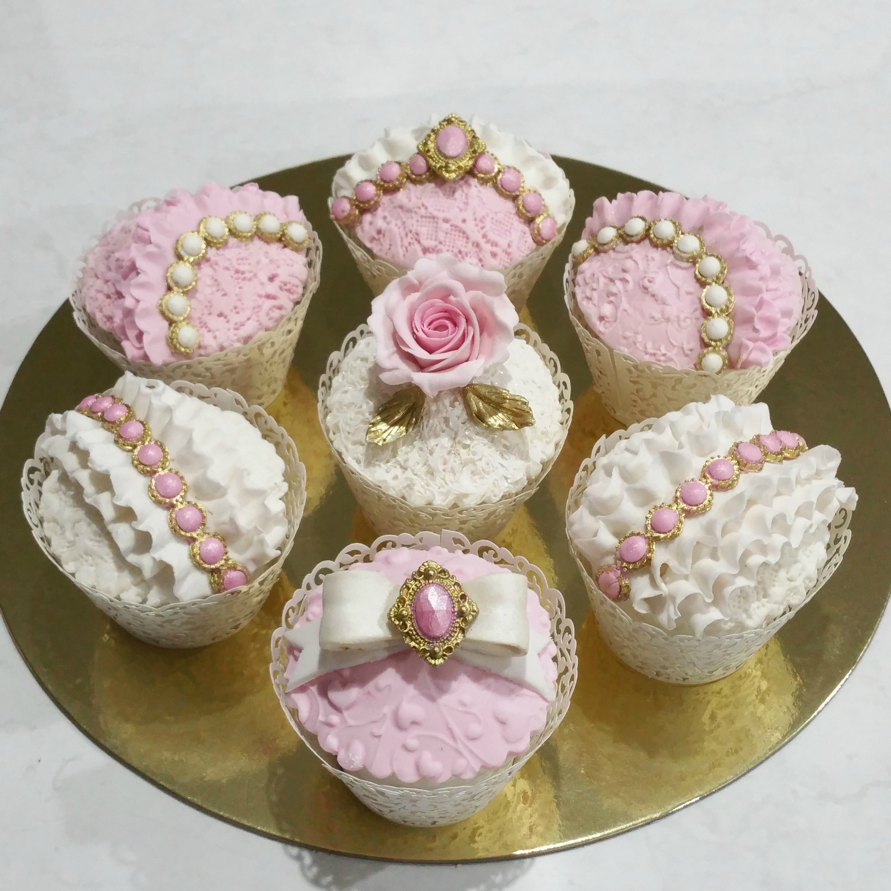 Pink and White Victorian Cupcakes