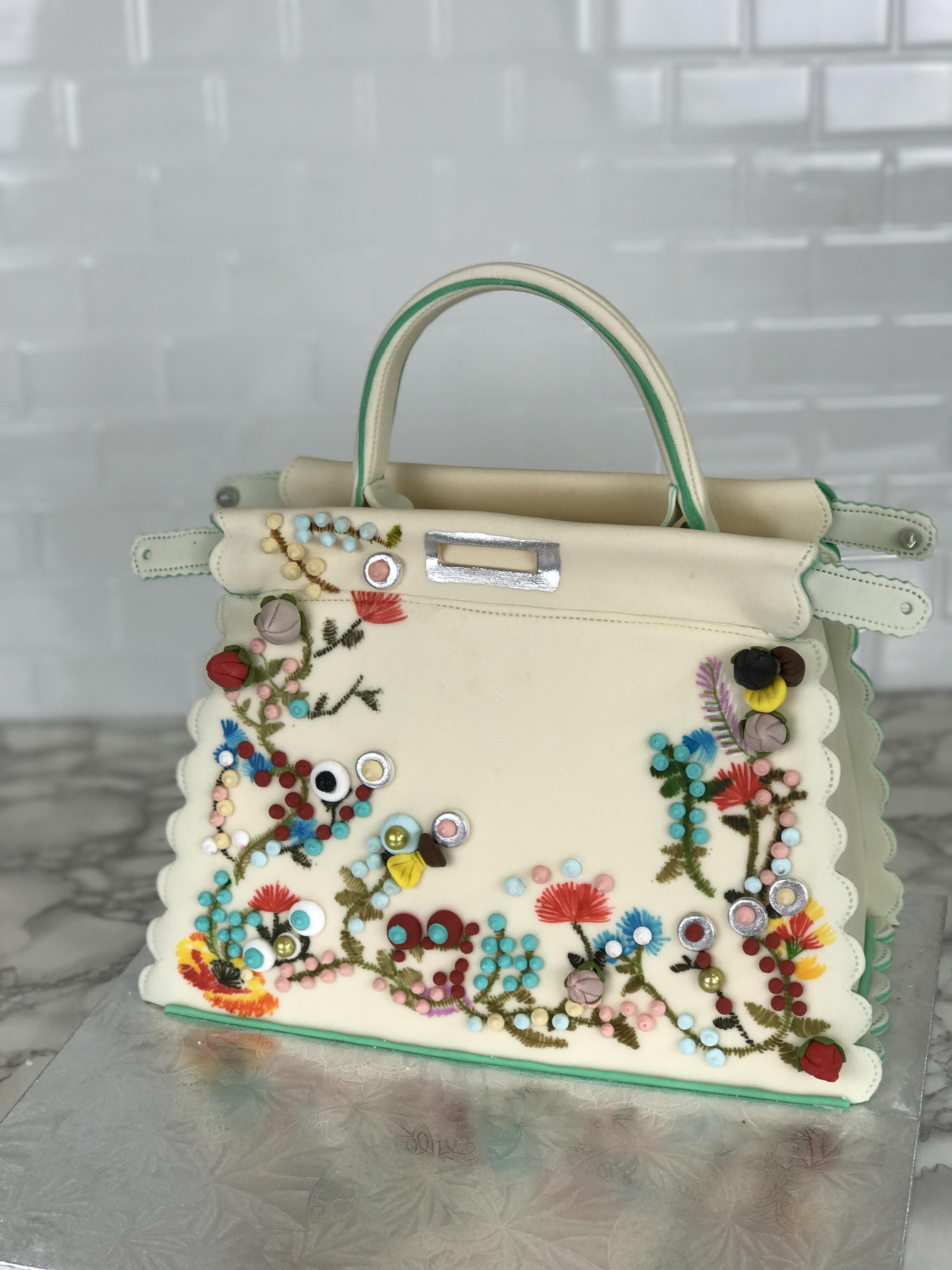 Ivory fondan handbag cake
