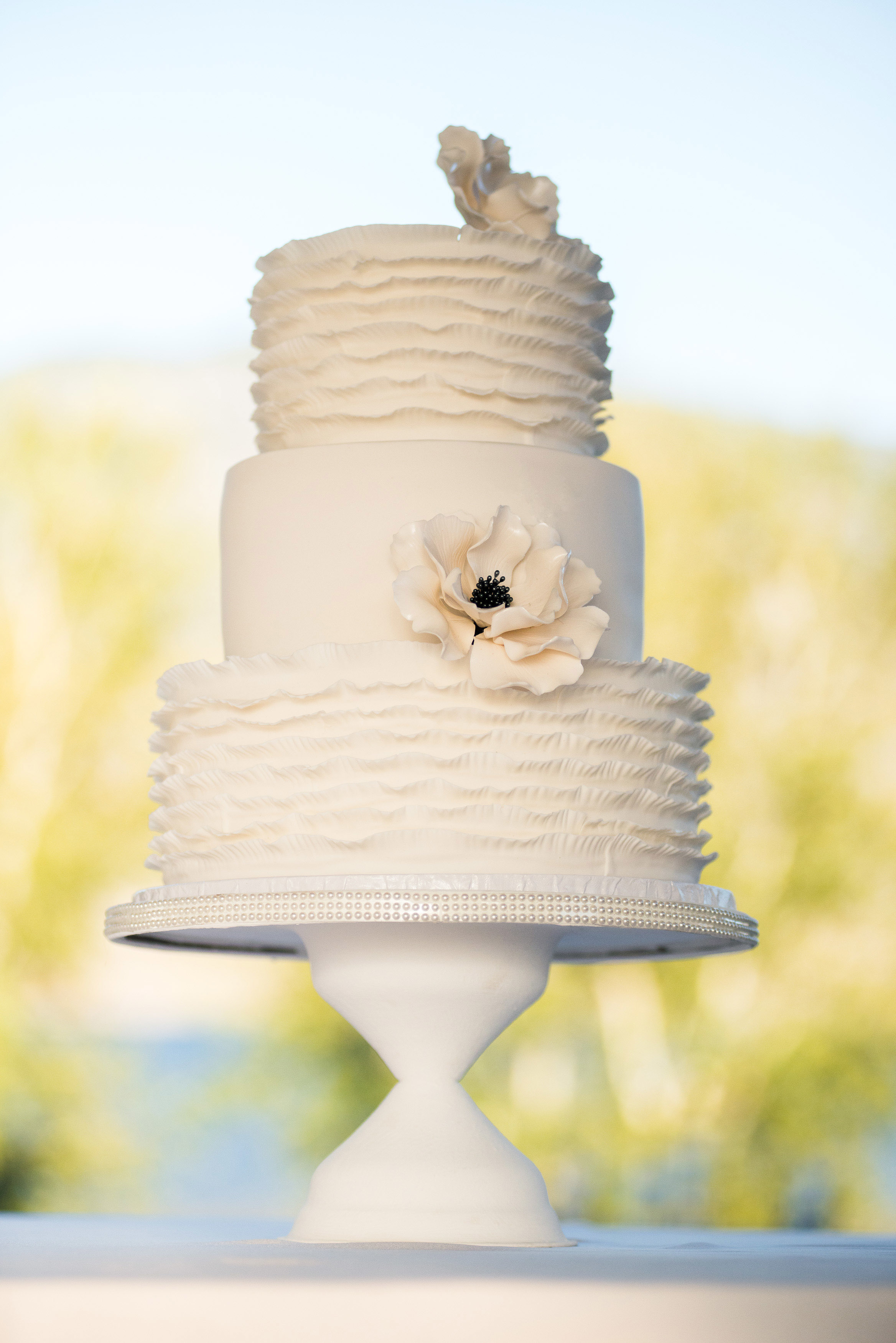 White Wedding with center sugar flower