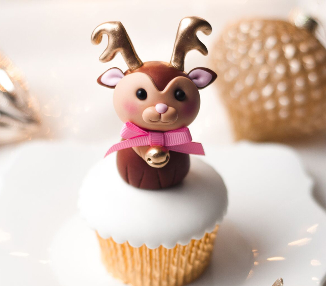 Reindeer fondant Cupcake Topper