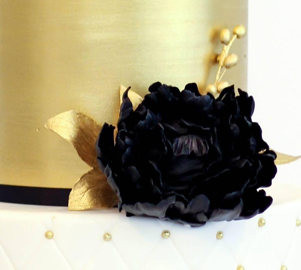 Black sugar flower
