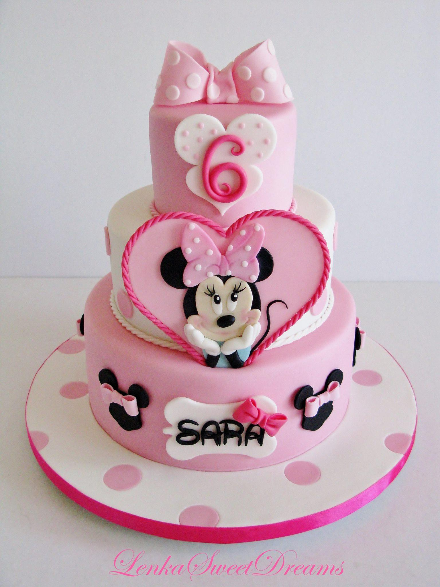 Baby pink and white minnie mouse fondant birthday cake
