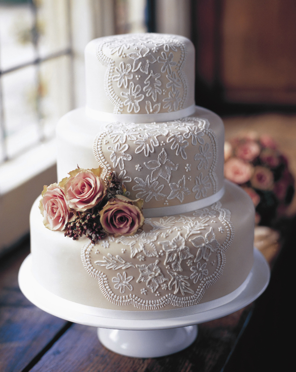 Ivory with lace fondant wedding cake