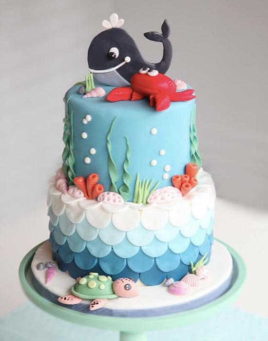 Whale fondant birthday cake