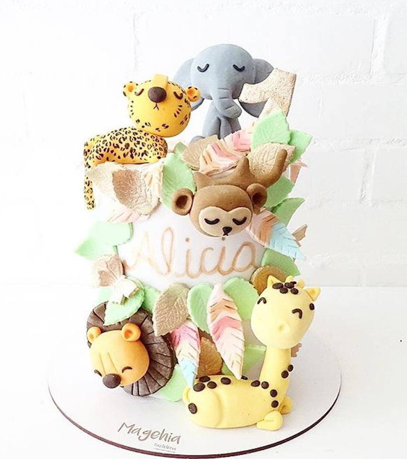 Safari fondant cake