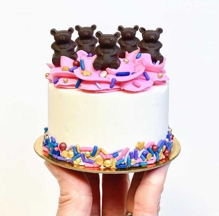 Make Moore Cake Buttercream 7