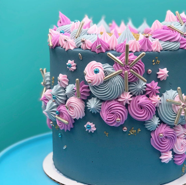 Unicorn colored Buttercream Cake