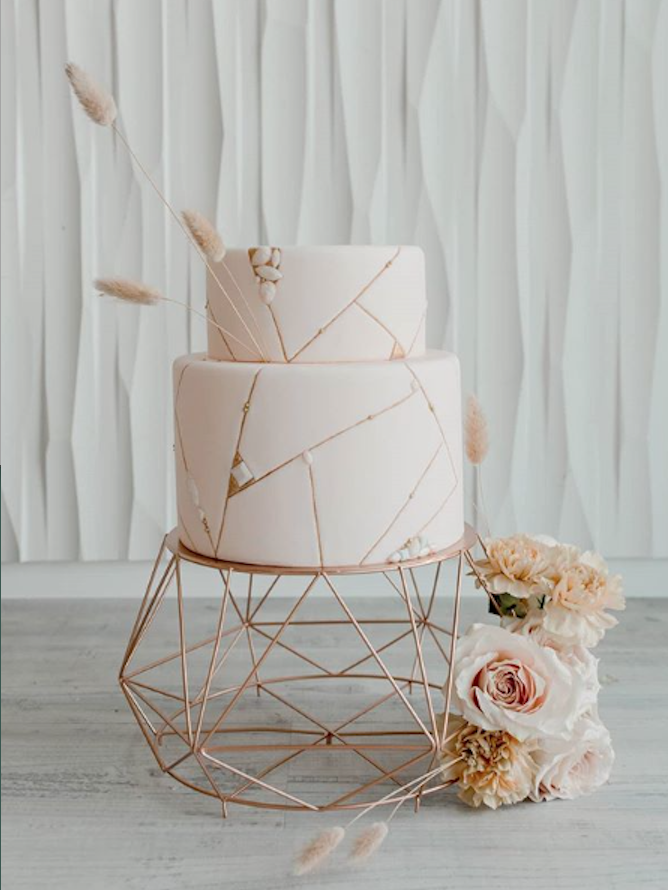 Sleek and modern ivory fondant wedding cake