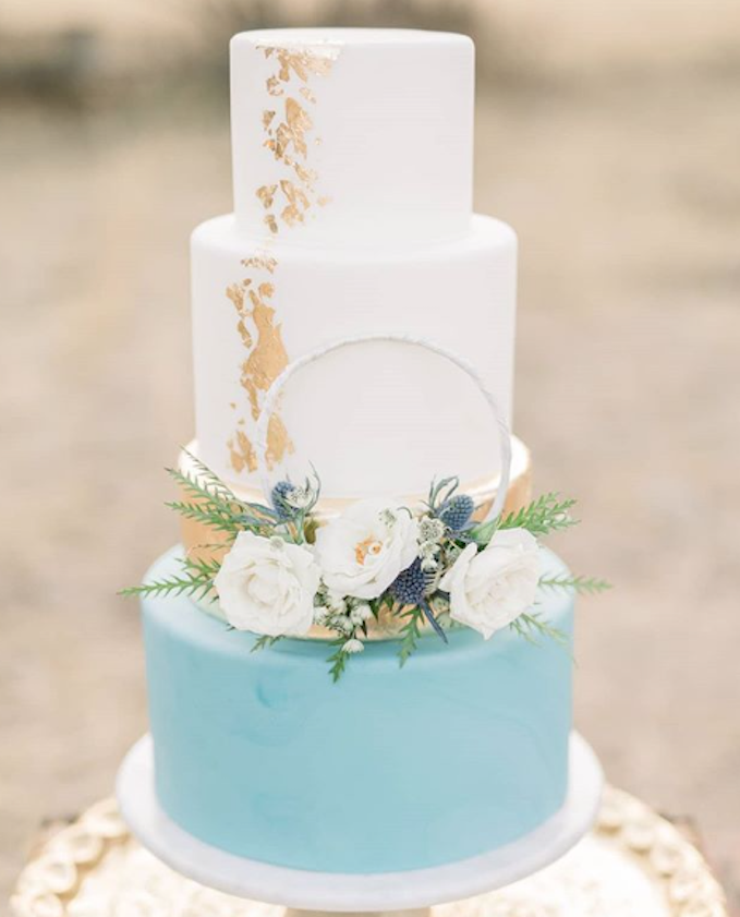 Baby blue and white fondant wedding cake