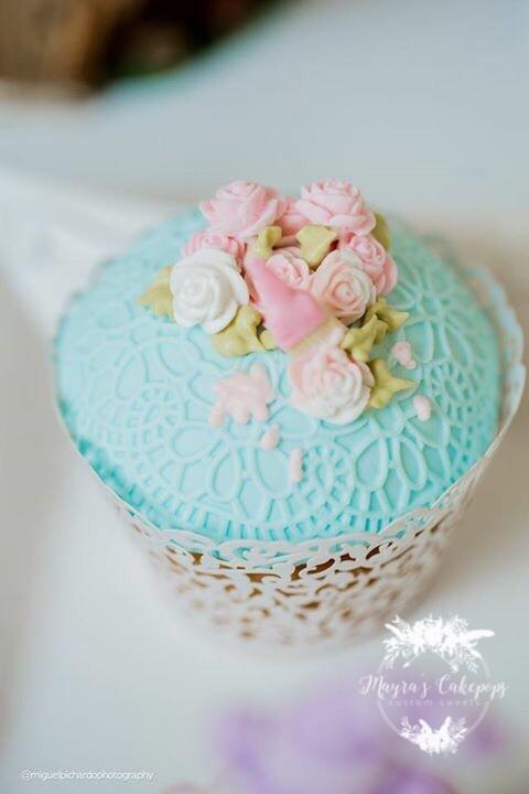 Gum paste pink floral cupcakes