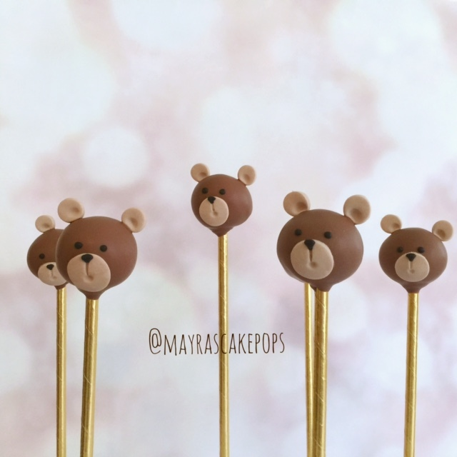 Teddy Bear Cake Pops decorated with fondant