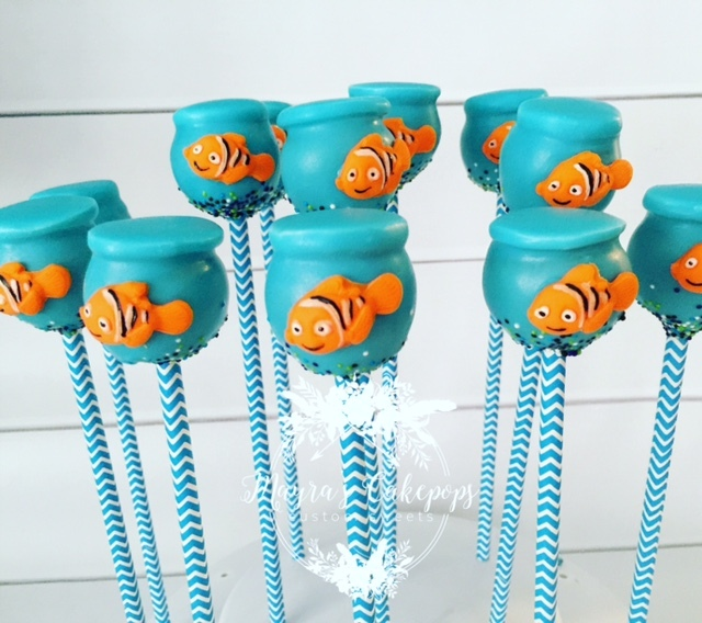 Finding Nemo Cake Pops decorated with fondant
