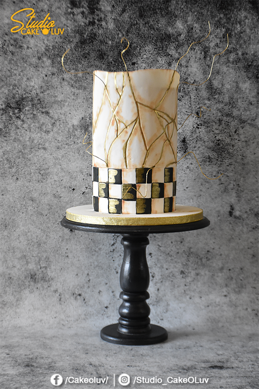 black and white checkered fondant wedding cake