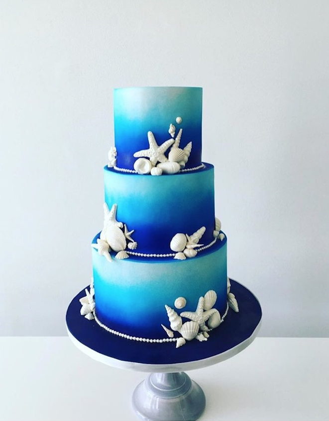 blue on blue fondant wedding cake