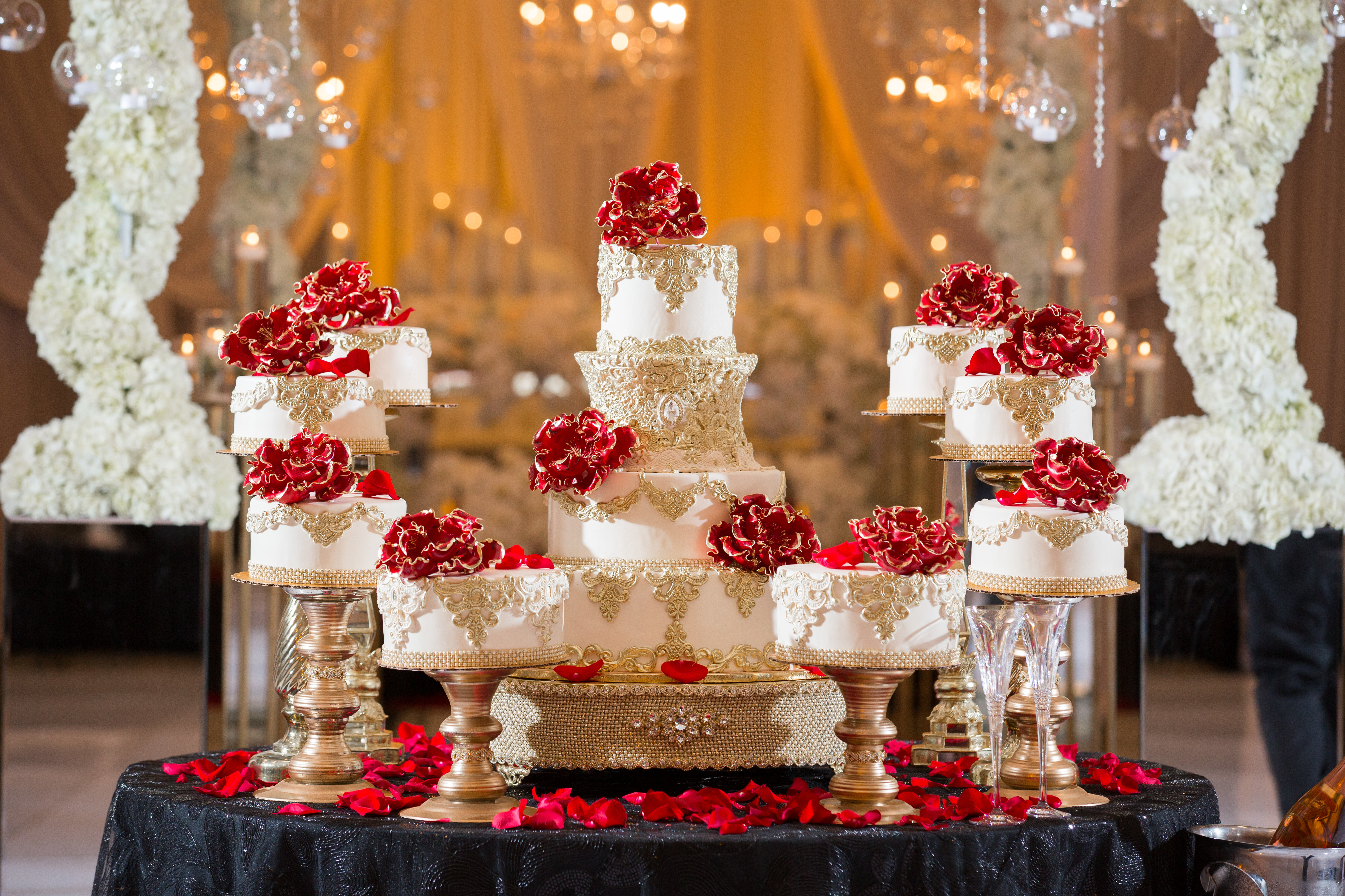 Elegant Gold and White fondant Wedding cake