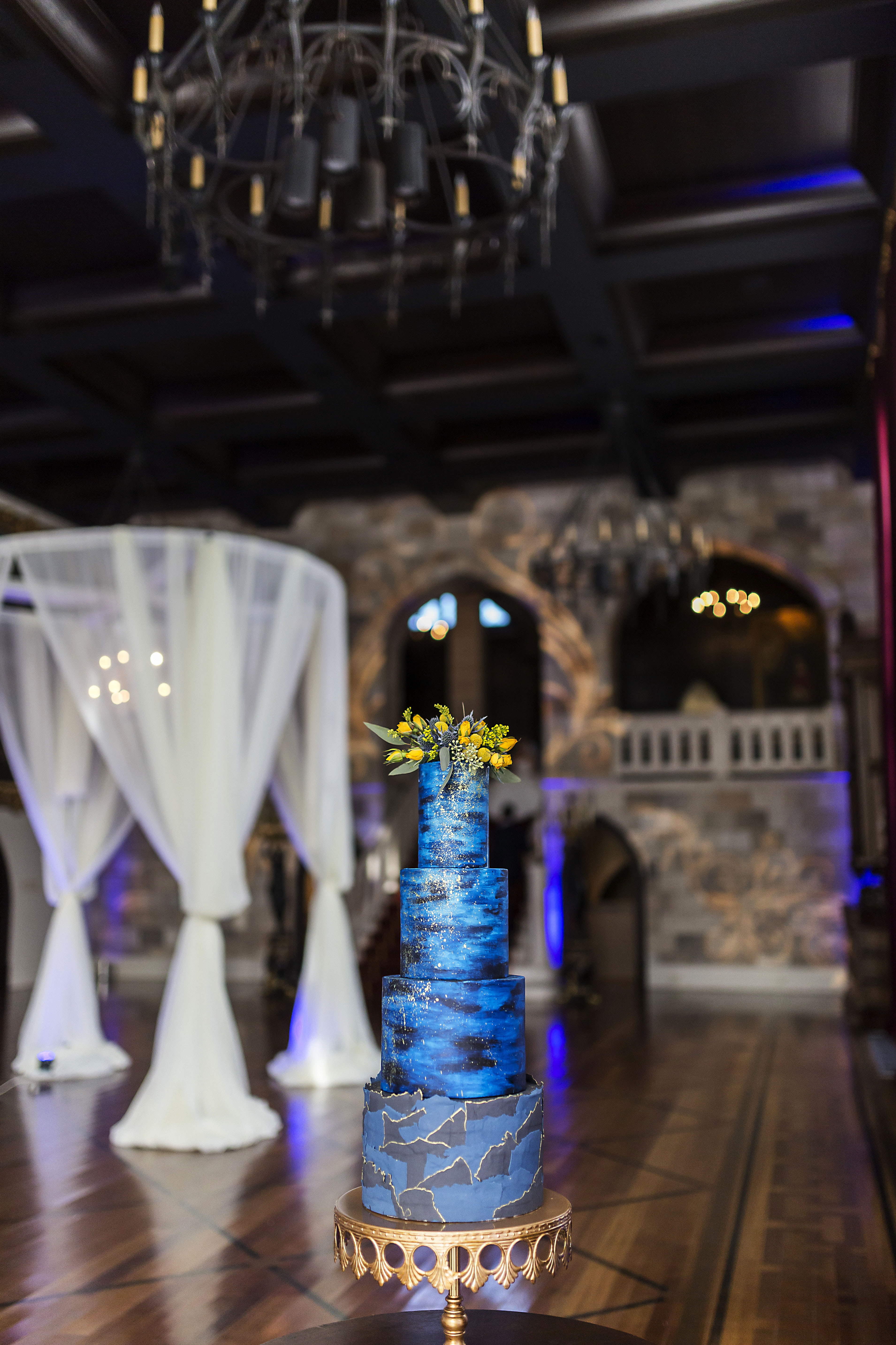 All blue with black wedding cake