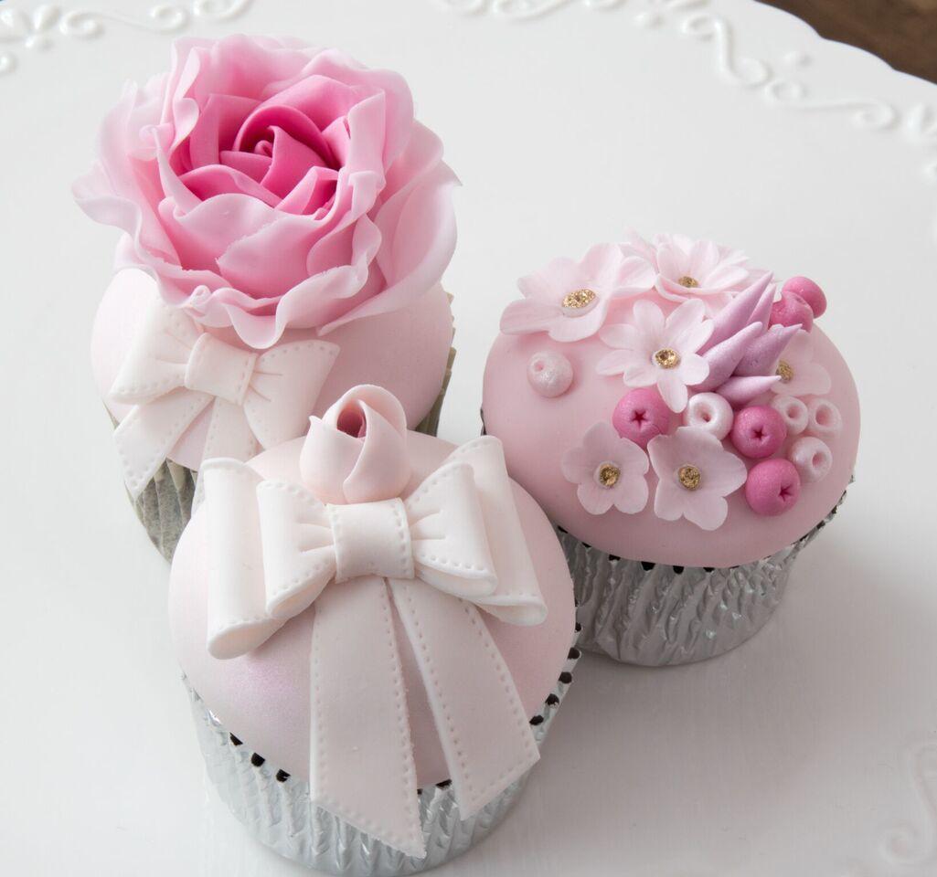 Pink gum paste tulip Cupcakes