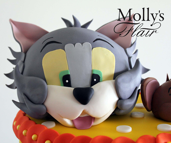 Sculpted Cat Cake
